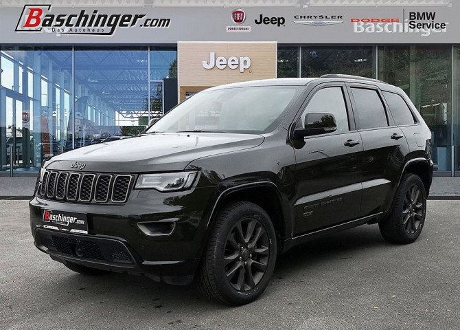 Jeep Grand Cherokee 3,0 V6 CRD 75th Anniversary Entertainment Paket bei Baschinger Ges.m.b.H. in