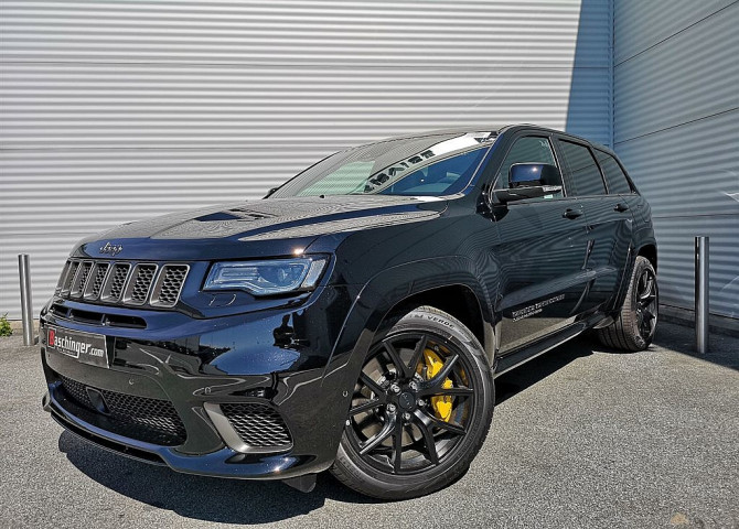 Jeep Grand Cherokee 6,2 V8 Trackhawk Fond Entertainment Trackhawk Supercharged bei Baschinger Ges.m.b.H. in