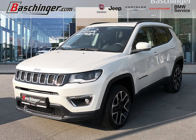 Jeep Compass Limited 140 MJ 9AT 4×4 Panorama/Park/Infotainmentpaket bei Baschinger Ges.m.b.H. in