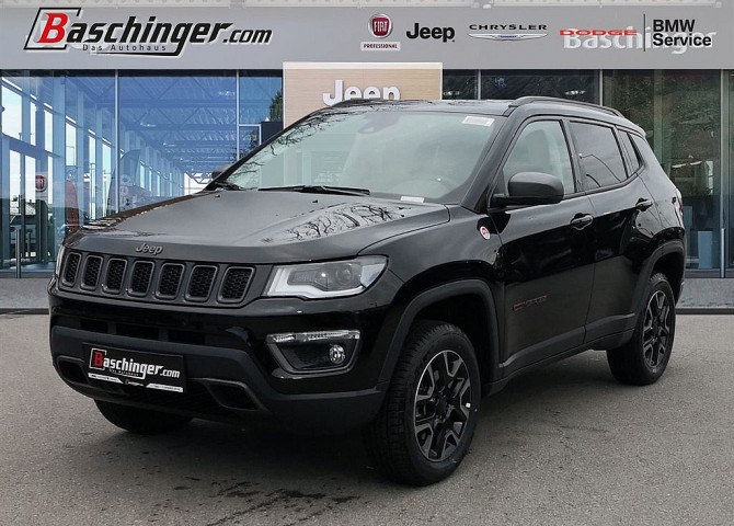 Jeep Compass 2,0 MultiJet AWD 9AT 170 Trailhawk Aut. bei Baschinger Ges.m.b.H. in