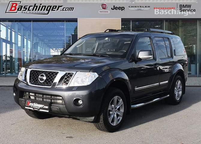 Nissan Pathfinder 3,0 dCi LE DPF Aut. Navi/AHK/8-fach bei Baschinger Ges.m.b.H. in