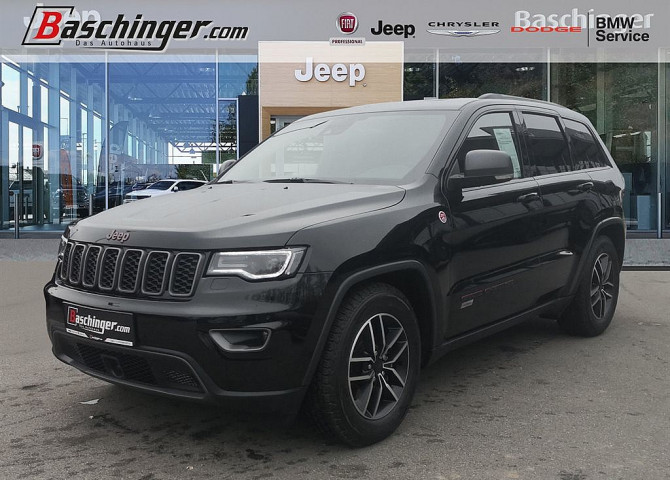 Jeep Grand Cherokee 3,0 V6 CRD Trailhawk AV3500kg/Panorama/Technik bei Baschinger Ges.m.b.H. in