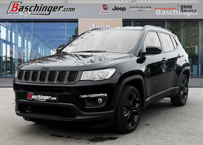 Jeep Compass 1,6 MultiJet II 120 FWD Night Eagle bei Baschinger Ges.m.b.H. in