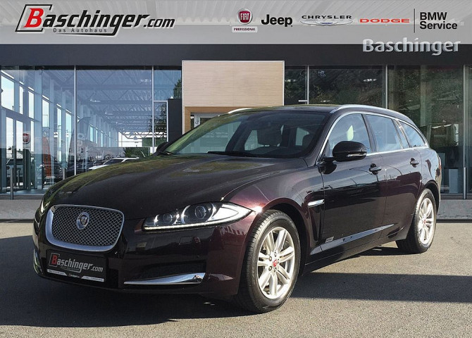 Jaguar XF Sportbrake 2,2 Diesel Luxury 8-fach bereift auf Alufelge bei Baschinger Ges.m.b.H. in
