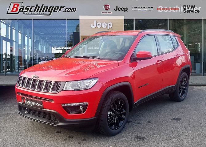 Jeep Compass 1,3 MultiAir FWD Night Eagle bei Baschinger Ges.m.b.H. in