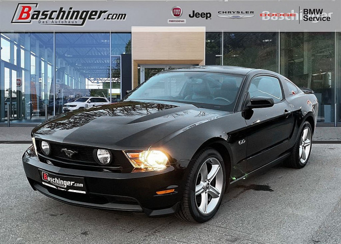 Ford Mustang GT bei Baschinger Ges.m.b.H. in